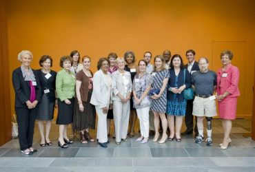 Marilyn Arthur (center) poses with the Nasher Museum Friends Board in 2010.