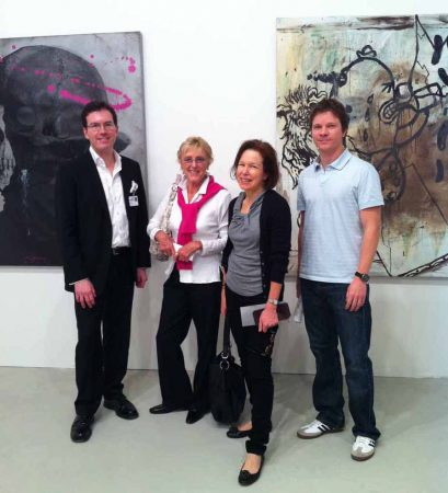 Marilyn Arthur (second from left) visits Tyler Rollins of Tyler Rollins Fine Art with former director Kimerly Rorschach and Chief Curator Trevor Schoonmaker in 2011.