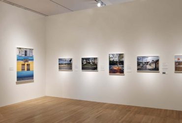 Installation view; Courtside: Photographs by Bill Bamberger; January 26 – May 13, 2018; Nasher Museum of Art at Duke University. Photo by Peter Paul Geoffrion.