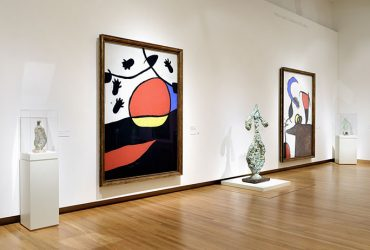 Installation view of Miro: The Experience of Seeing. Photo by Peter Paul Geoffrion.
