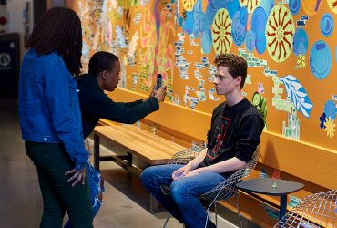 Nasher Teen Council members participates in a portrait painting workshop with artist Will Paul Thomas in his studio at the Rubenstein Arts Center. Photo by Robert Zimmerman.